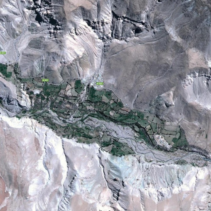 Aerial picture of the settlement of Illapata in northern Chile, scraped from Google Maps.